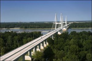 mississippi-river-marathon-bridge